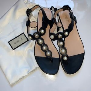 Gucci sandals with pearl detail, size 39.5!
